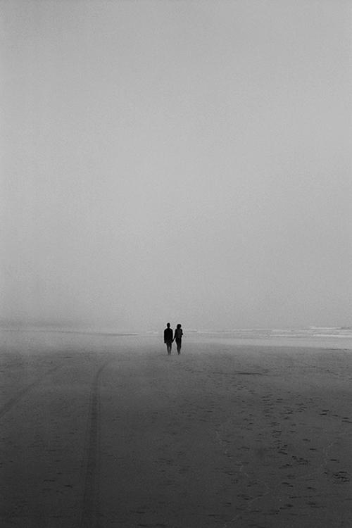 Jovenes caminando