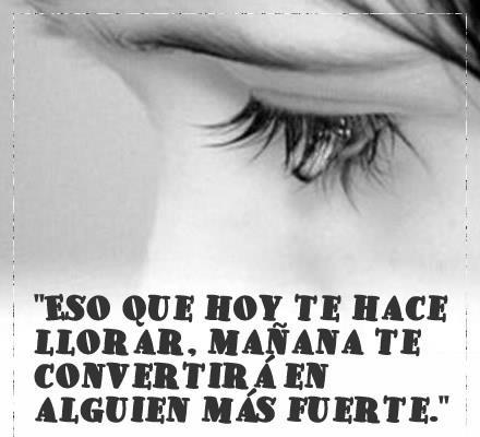 Chica con lágrimas en los ojos