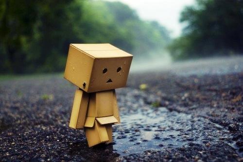 Caminando triste